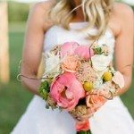 jenni pic with bouquet and meadow
