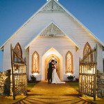 kissing in front of chapel